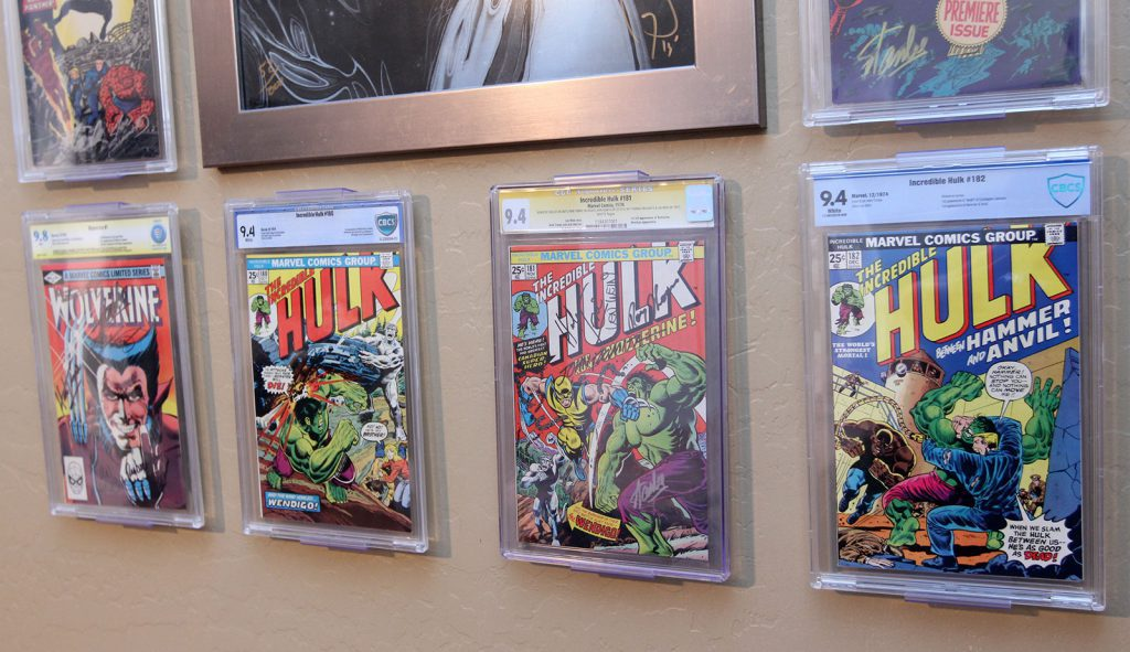 Wall comic book display