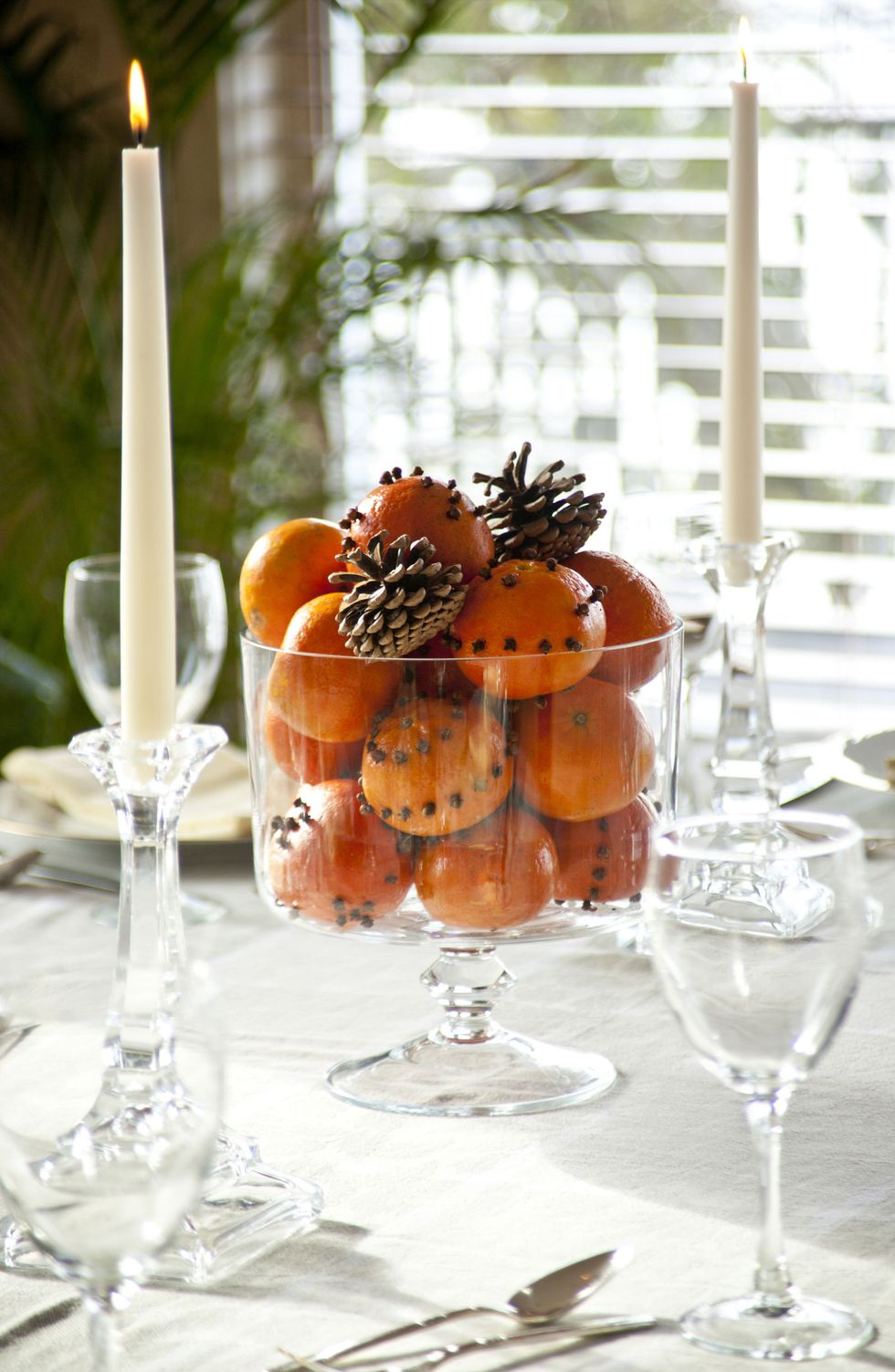 Tangerines in Glass Bowl - Photo Credit Elle Decor by Getty Images