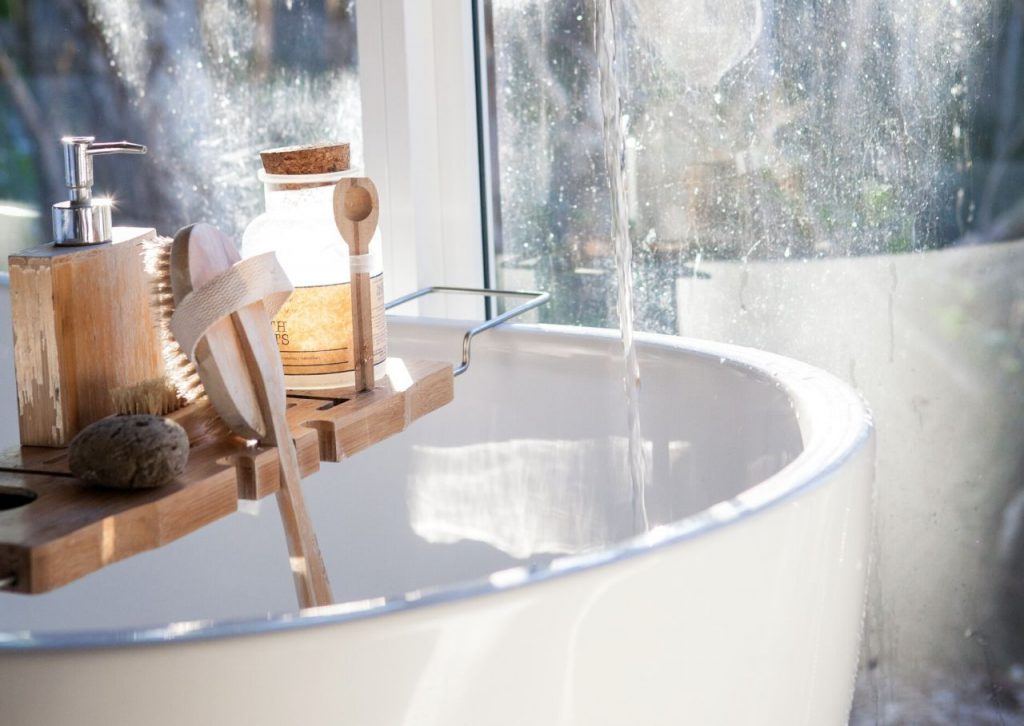 Set candles bath salts, wine and other bathtime essentials on your very own bath caddy.