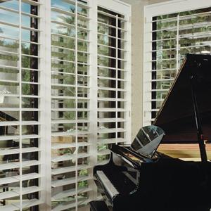 Premium Faux Wood Shutters 5209 Thumbnail