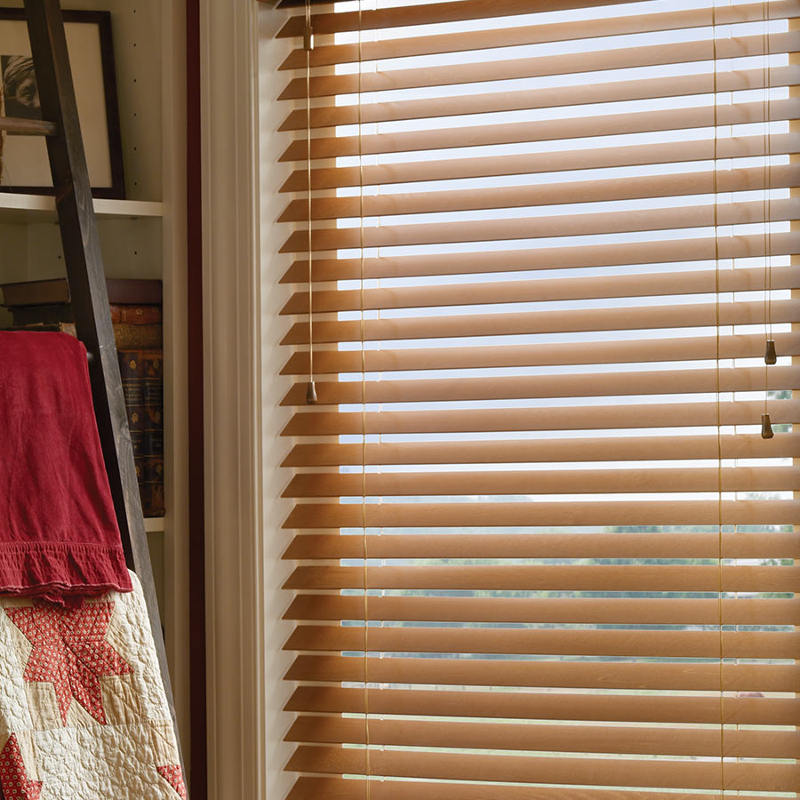 "2 1/2"" American Hardwood Blinds"